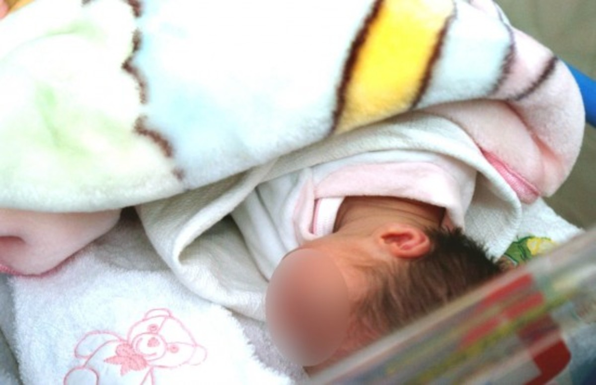 Πέθανε το βρέφος που νοσηλευόταν με ασιτία στην εντατική | Newsit.gr