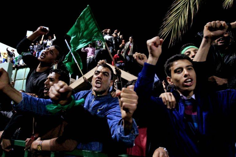Μυστικές επαφές συνεργατών του Καντάφι με το Λονδίνο – Εγκαταλείπουν τον Καντάφι στενοί του συνεργάτες   Newsit.gr