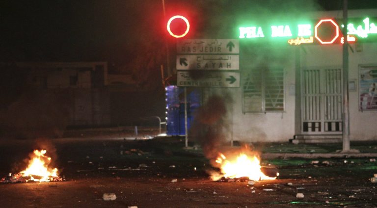 Πυρ κατά του ιταλού πρόξενου στη Βεγγάζη   Newsit.gr