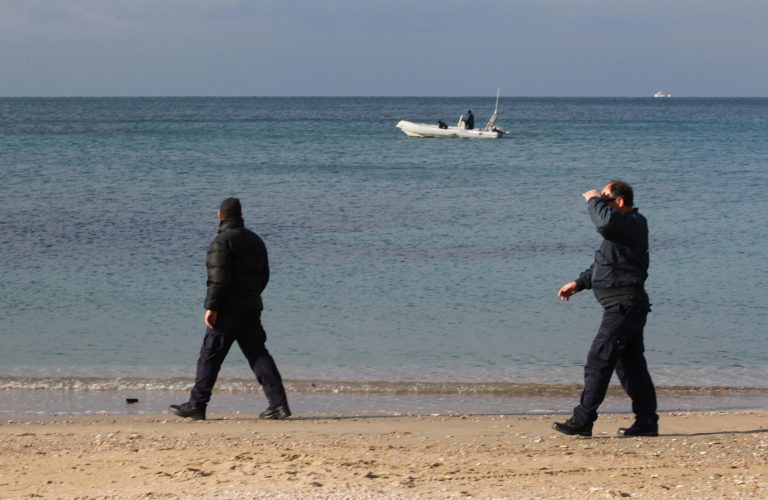 Πάρος: Όπως περπατούσε είδε ανθρώπινο οστό! | Newsit.gr