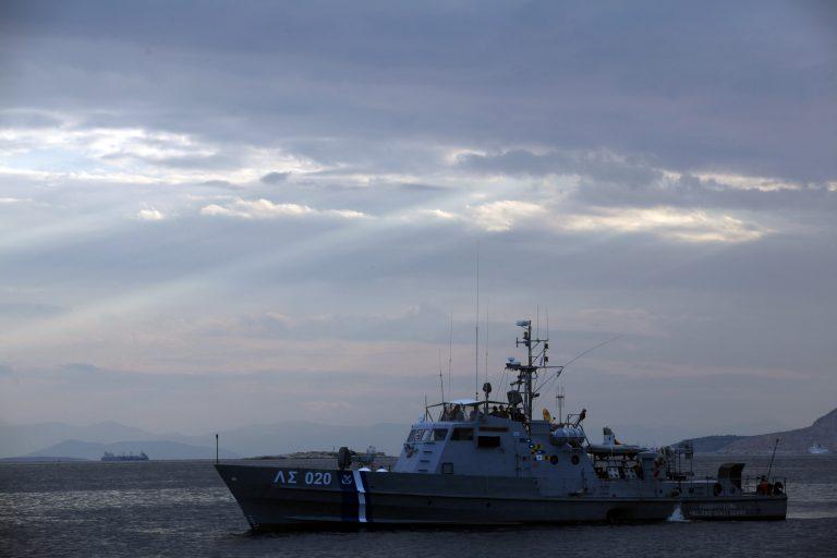 Αιτωλοακαρνανία: Σκάφος με 40 παράνομους μετανάστες | Newsit.gr