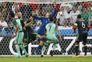 Πορτογαλία – Ουαλία 2-0: Στον τελικό η ομάδα του Σάντος