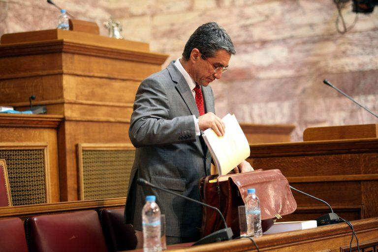 Κόλλησε ίωση ο Α.Λοβέρδος στο νοσοκομείο | Newsit.gr