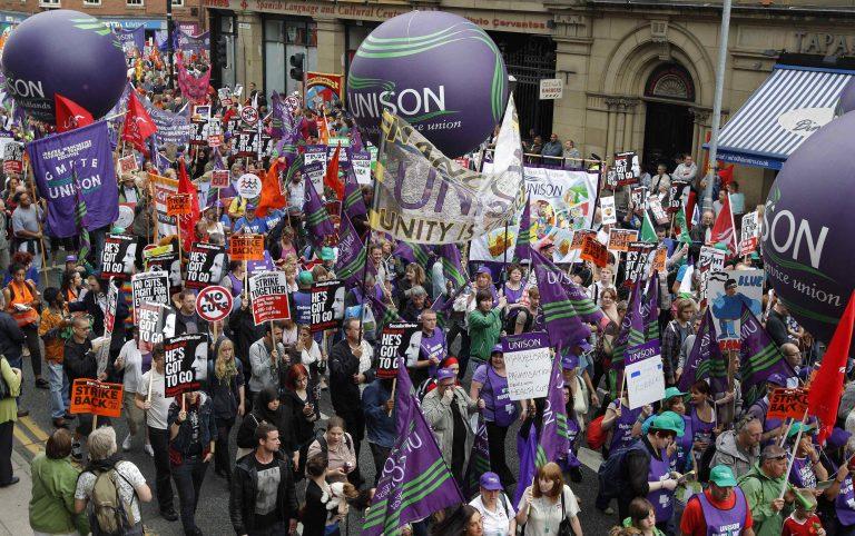 Διαδήλωσαν οι Βρετανοί κατά των μέτρων λιτότητας   Newsit.gr