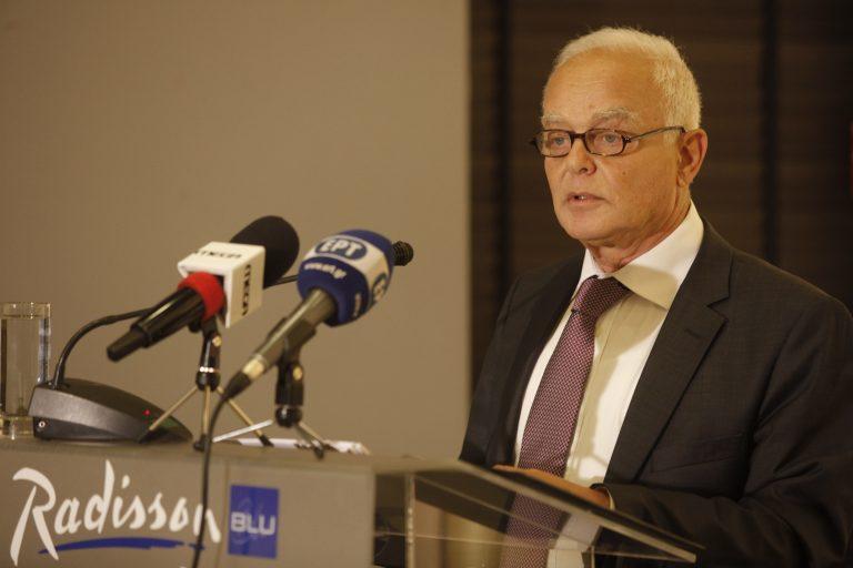 Μανιτάκης: Φεύγουν 200.000 δημόσιοι υπάλληλοι έως το 2015 | Newsit.gr