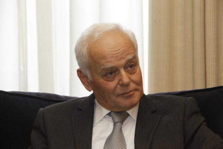 Δε ζήτησε απολύσεις η τρόικα από τον Μανιτάκη αλλά…   Newsit.gr