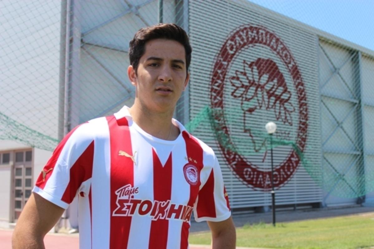 Πρώτη με έξι νέους – Φουλάρει…για Ρουίς ο Ολυμπιακός | Newsit.gr