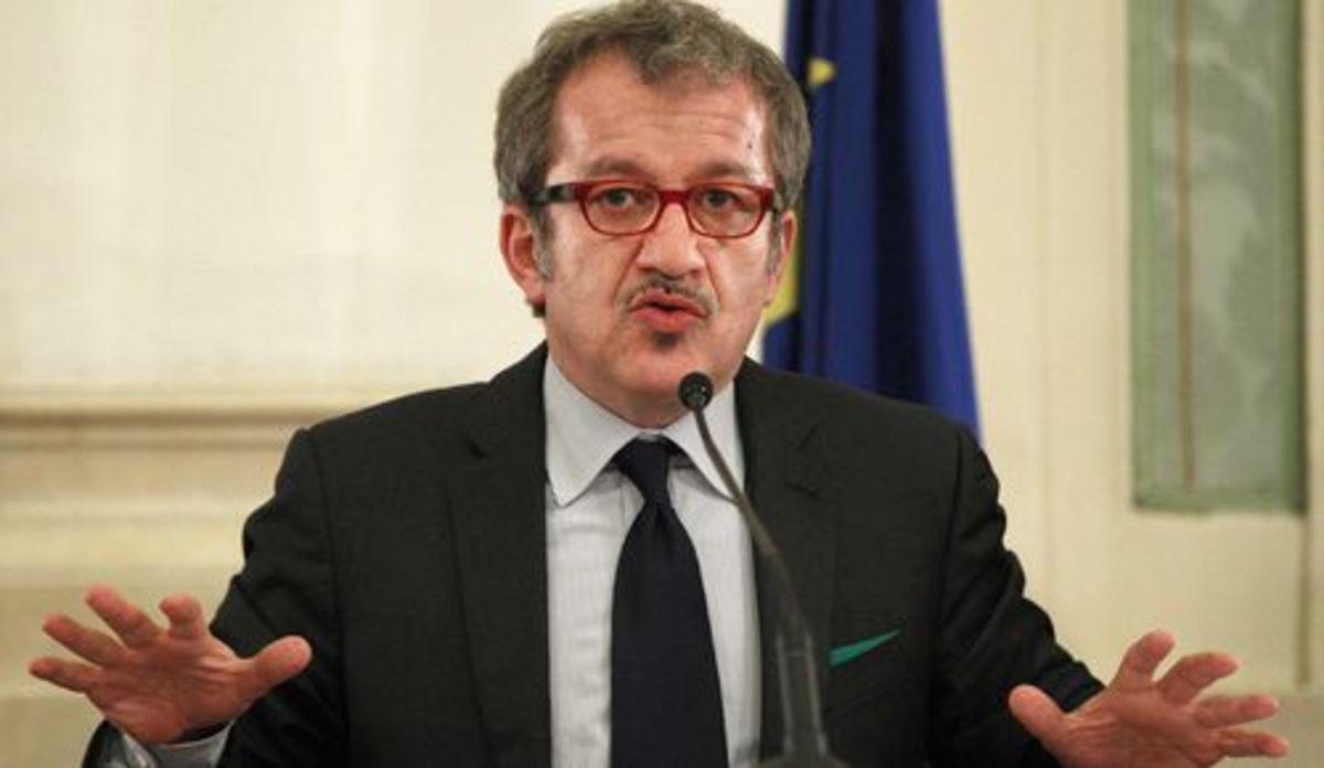 Ο Μαρόνι ηγέτης του Λέγκα του Βορρά   Newsit.gr