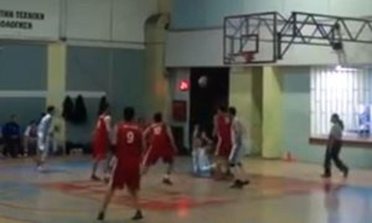 Απίστευτο καλάθι στην Β΄ΕΣΚΑΝΑ (VIDEO) | Newsit.gr