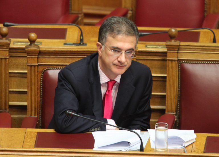 Γ.Μαυραγάνης: Τα στοιχεία με τα εμβάσματα στο εξωτερικό είναι απόρρητα και δεν θα δοθούν στους βουλευτές   Newsit.gr