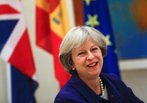 Κλείνει τα σύνορα της Βρετανίας στους πολίτες της Ε.Ε. η Τερέζα Μέι