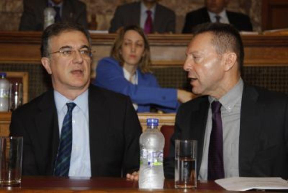 Συνάντηση στελεχών του ΠΑΣΟΚ με τον Γ. Μαυραγάνη μετά το ξήλωμα των εφοριακών | Newsit.gr