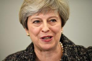 Βρετανία: Χωρίς αντίπαλο η Μέι – Σαρώνουν οι Τόρις στις δημοσκοπήσεις