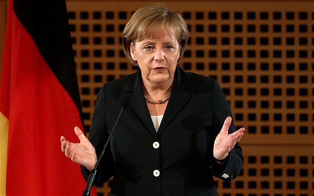 Μέρκελ: Έχουμε ευθύνη για τα εγκλήματα των ναζί | Newsit.gr
