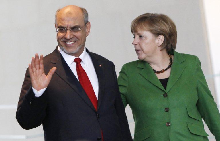 Μέρκελ και Τζεμπαλί καλούν τον ΟΗΕ να δράσει για την Συρία   Newsit.gr