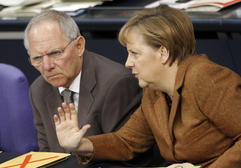 Μέρκελ και Σόιμπλε πιέζουν-Οι Ισπανοί αντιστέκονται | Newsit.gr