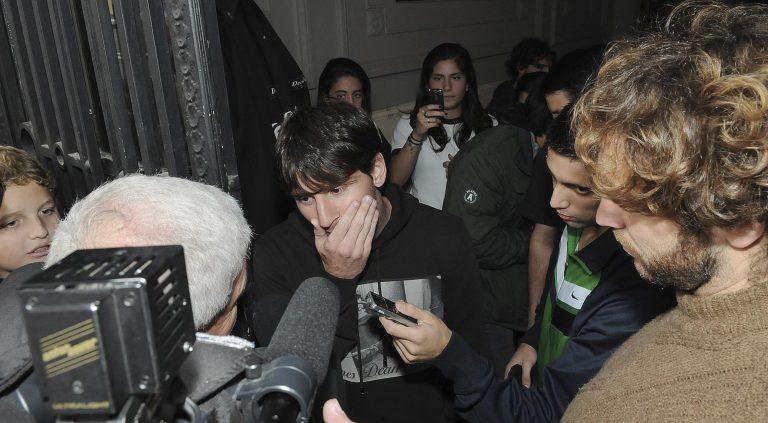 Γρονθοκόπησαν τον Μέσι! Δείτε το VIDEO | Newsit.gr