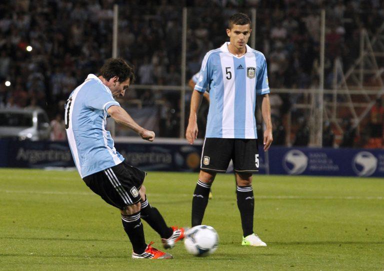 Δεν σταματάει να σκοράρει – Σόου Μέσι στην Αργεντινή (VIDEO)   Newsit.gr