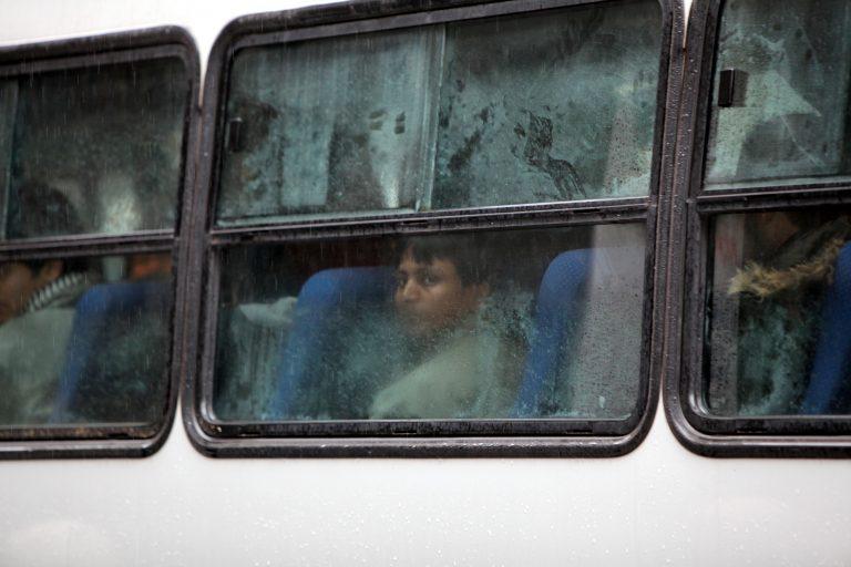 Με «ταρίφα» έως 6.000 ευρώ το κεφάλι μετέφερε παράνομους μετανάστες | Newsit.gr