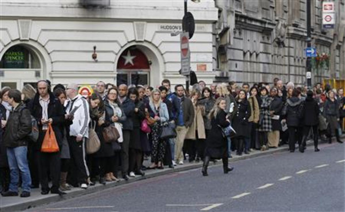 Χάος στο Λονδίνο από την απεργία στο μετρό | Newsit.gr