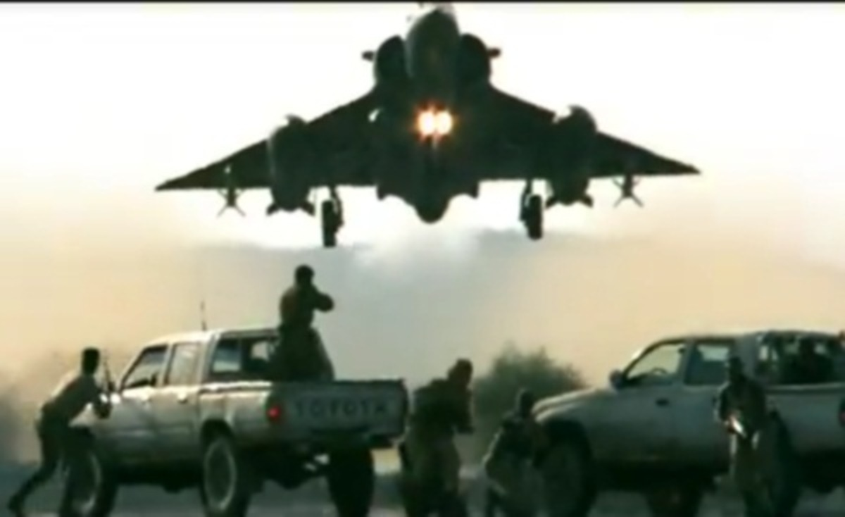 Πόσο…χαμηλά μπορεί να «πέσει» ένα Mirage; Δείτε το απίστευτο βιντεο   Newsit.gr