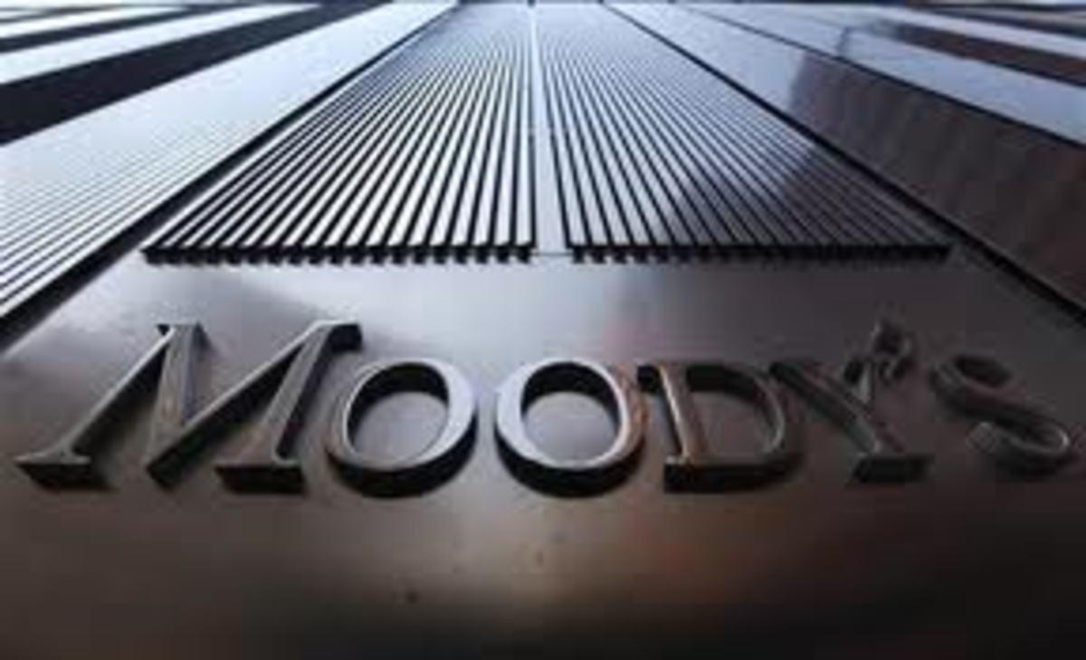Υποβάθμισε το outlook της Ε.Ε. η Moody's | Newsit.gr