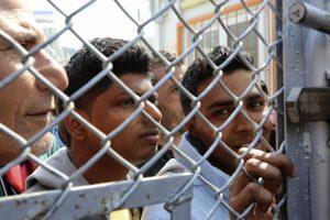 Μυτιλήνη: Σε απεργία πείνας για τρίτη ημέρα 12 πρόσφυγες