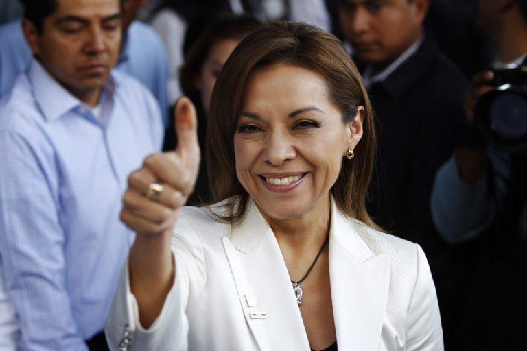 Γυναίκα για πρώτη φορά υποψήφια για πρόεδρος του Μεξικού | Newsit.gr