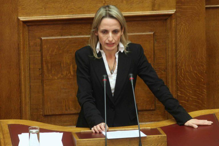 """Άδικα τα τέλη """"ομολογεί"""" και η Τ.Μπιρμπίλη   Newsit.gr"""