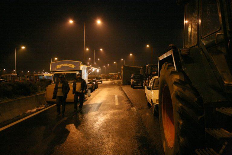 Σεκιουριτάδες στα τρακτέρ !   Newsit.gr