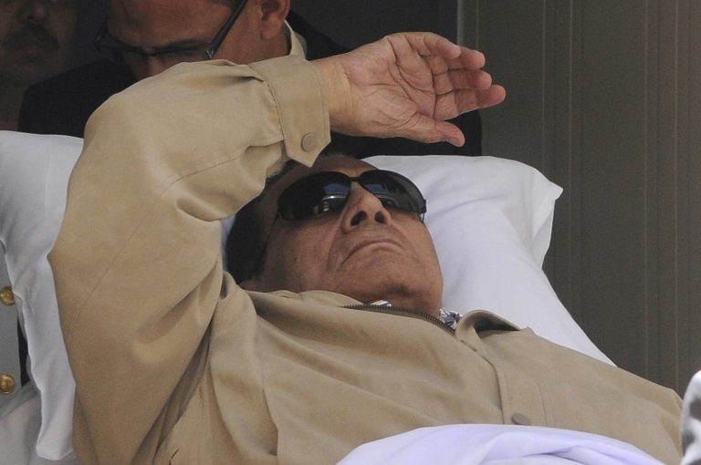 Ξεκινάει η διαδικασία έφεσης για την απόφαση της δίκης του Μουμπάρακ | Newsit.gr