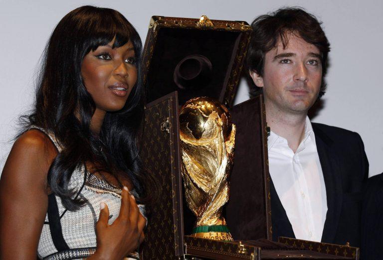 Δια χειρός L.Vuitton η θήκη του τροπαίου του Mundial! | Newsit.gr