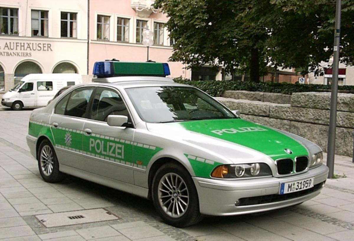13χρονοι γερμανοί κακοποίησαν 83χρονη | Newsit.gr