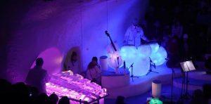 Καλλιτέχνης πέρασε 20 χρόνια στην Αρκτική – Οι…μουσικές δημιουργίες του από πάγο θα σας συγκλονίσουν [vid]