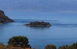 Αγόρασαν το νησί Άγιος Θωμάς στον κόλπο της Αίγινας δύο ζάμπλουτοι από Αμερική και Ιταλία