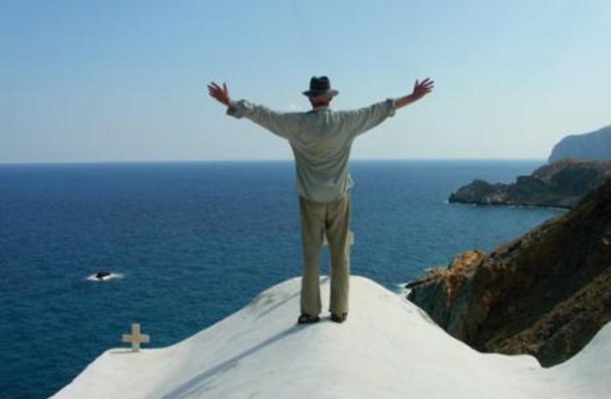 Διαλέχτε!Πουλάμε Μύκονο και Σαντορίνη | Newsit.gr