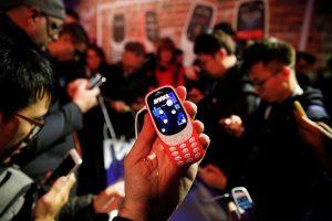 Nokia 3310: Επιστρέφει το θρυλικό μοντέλο 17 χρόνια μετά! [pics, vid]