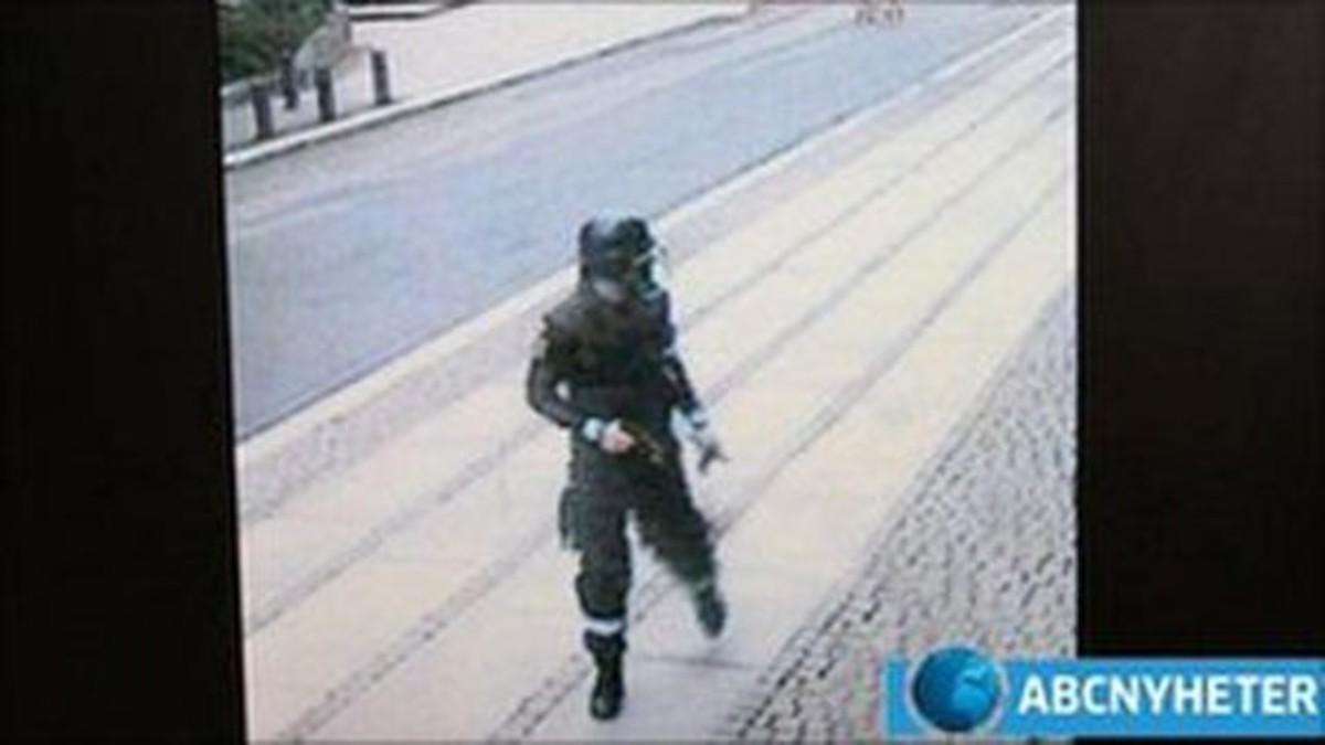 Βρήκαν σε βίντεο τον μακελάρη της Νορβηγίας λίγα λεπτά αφού έβαλε την βόμβα | Newsit.gr