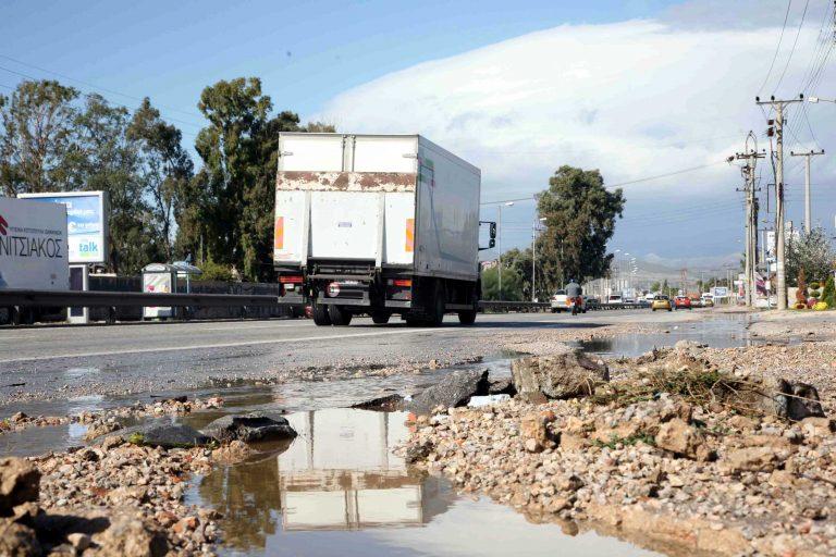 Θεσσαλονίκη: Τρελή κούρσα νταλίκας – παρέσυρε 6 οχήματα   Newsit.gr