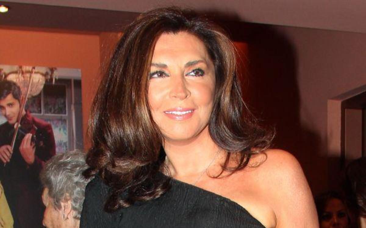 Μιμή Ντενίση: «Με έχει μαδήσει η εφορία…»! | Newsit.gr