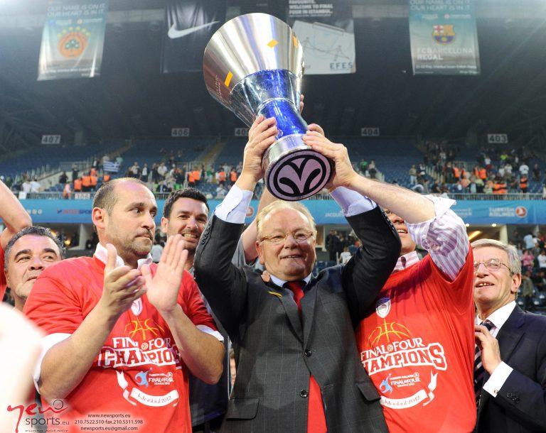 Κορυφαίος προπονητής της Ευρώπης ο Ίβκοβιτς!   Newsit.gr