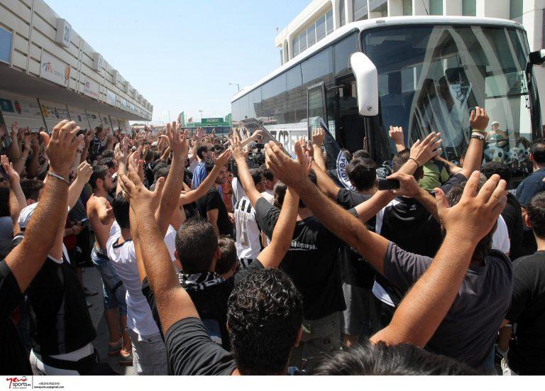 Υποδέχτηκαν στο Ηράκλειο τους… θριαμβευτές – Δείτε ΦΩΤΟ   Newsit.gr