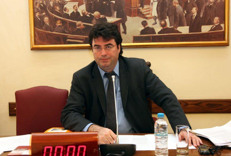Β. Οικονόμου: δεν έκανε ριζοσπαστικές κινήσεις η Κυβέρνηση   Newsit.gr