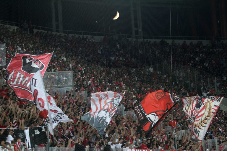Ολυμπιακός: Στηρίζουμε όλοι το τέταρτο αστέρι (VIDEO) | Newsit.gr