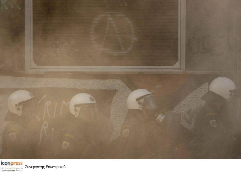 Αφρικανοί… χούλιγκαν τα έσπασαν στην Ομόνοια! | Newsit.gr