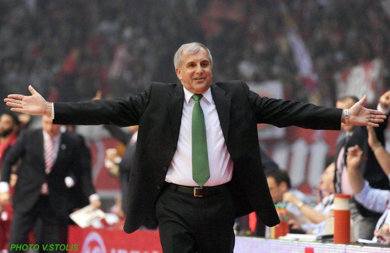 Αποθέωσαν τους παίκτες 500 οπαδοί – Ζοτς:Εδώ θα μείνω (VIDEO) | Newsit.gr