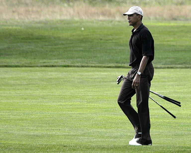 Πώς γιόρτασε ο Ομπάμα τα 51α του γενέθλια   Newsit.gr