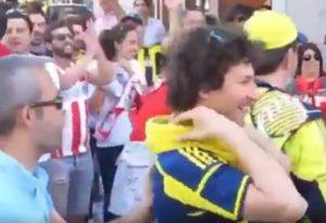 Final Four 2017: Τούρκοι και οπαδοί του Ολυμπιακού τραγουδούν παρέα στο δρόμο [vid]