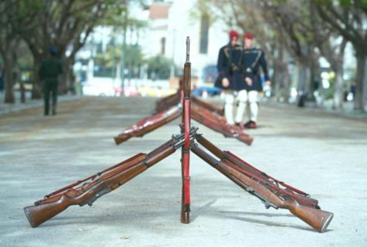 Αυτοκτονία 24χρονου Εύζωνα | Newsit.gr