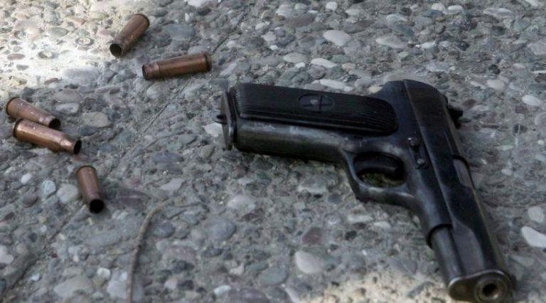 Κρήτη: έβγαλε όπλο και τον πυροβόλησε τρεις φορές | Newsit.gr